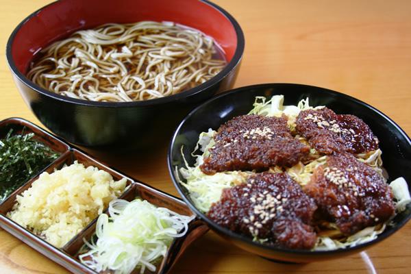 かけソースかつ丼セット ¥1,350